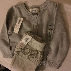 Old navy long sleeve sweater with leggings
